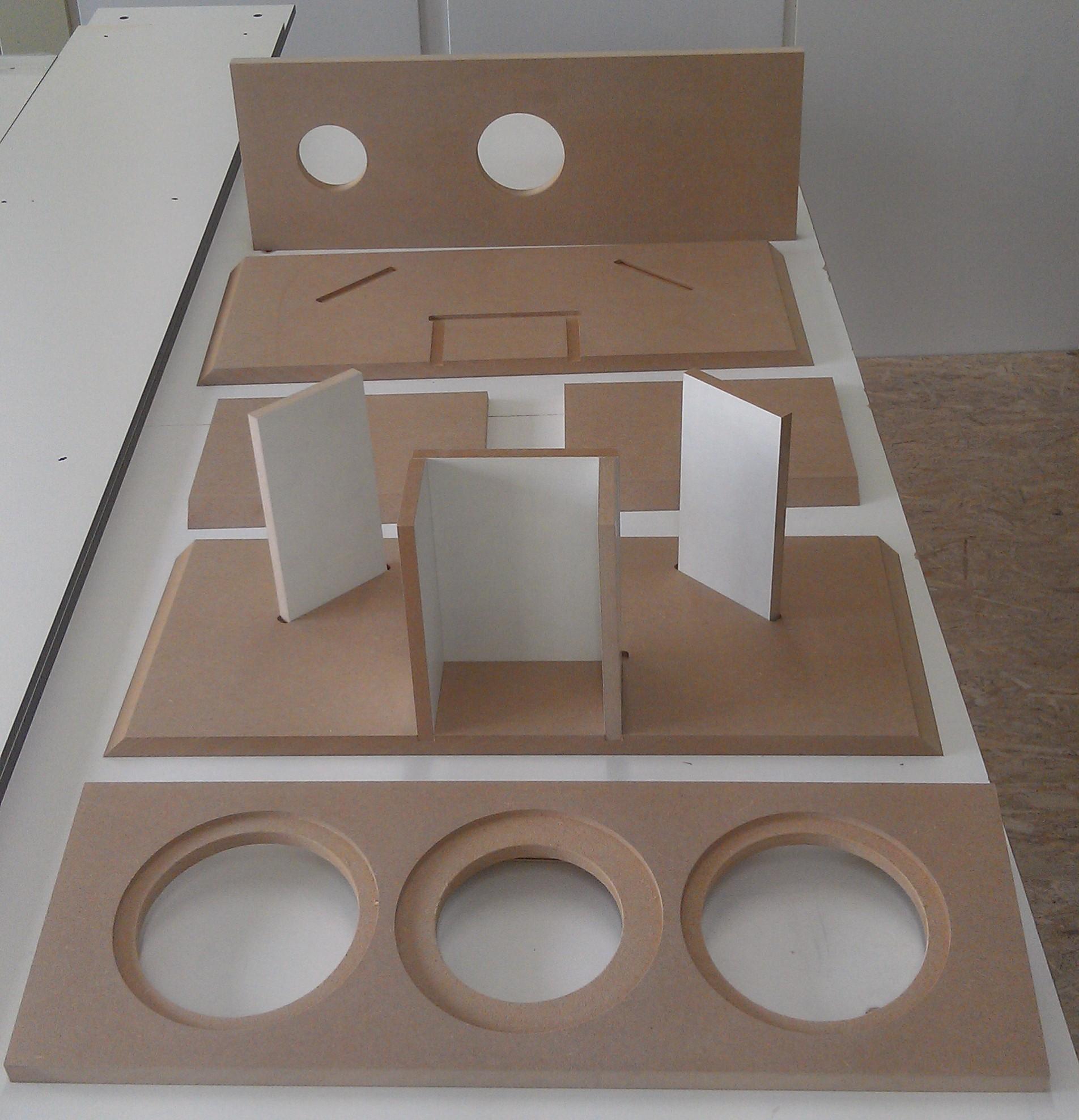 Triple Play MK2 Kompaktbox 4-2012 aus Klang+ Ton  Bild1